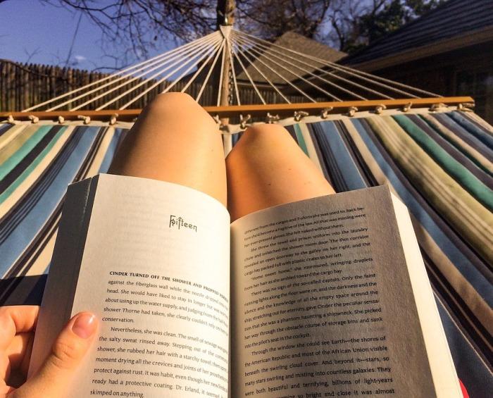 Cosa leggere durante le vacanze? Sette consigli per comunicatori – Iparte